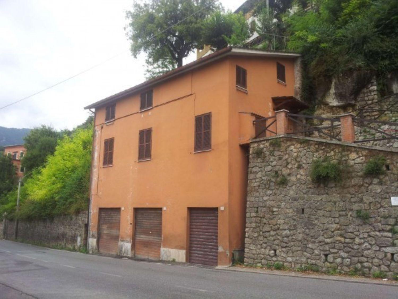Soluzione Indipendente in vendita a Subiaco, 5 locali, prezzo € 110.000 | Cambio Casa.it