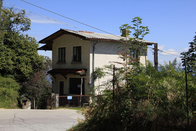 Appartamento in vendita a Oggebbio, 4 locali, prezzo € 60.000 | CambioCasa.it