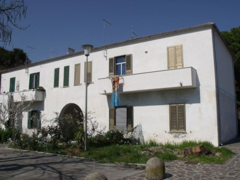 Appartamento in vendita a Francavilla al Mare, 4 locali, prezzo € 125.000 | Cambio Casa.it