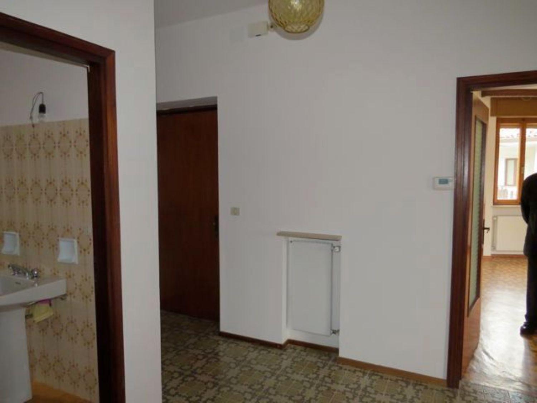 Appartamento in affitto a Faedis, 4 locali, prezzo € 300 | CambioCasa.it