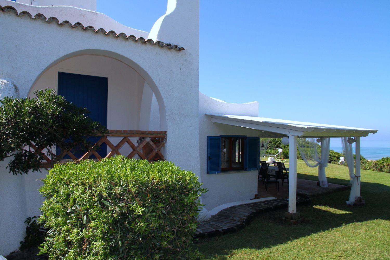 Soluzione Indipendente in vendita a Sabaudia, 8 locali, prezzo € 4.500.000 | CambioCasa.it