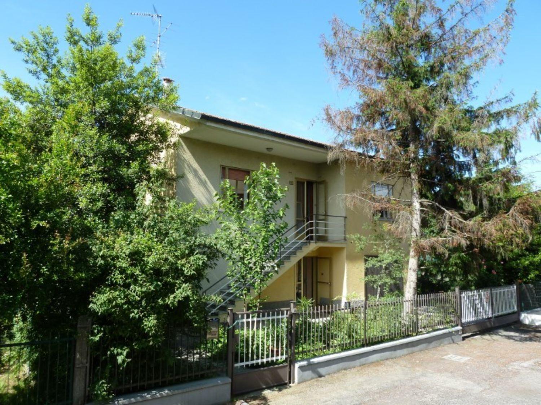 Soluzione Indipendente in vendita a San Giovanni in Persiceto, 6 locali, prezzo € 245.000 | Cambio Casa.it