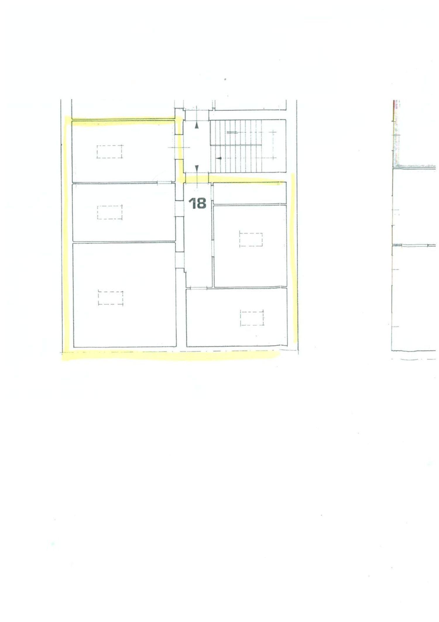 Appartamento in vendita a Trieste, 5 locali, prezzo € 61.300 | CambioCasa.it
