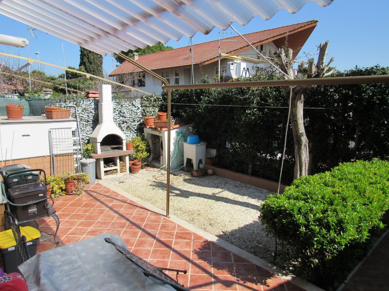 Appartamento in vendita a Cerveteri, 2 locali, prezzo € 75.000 | CambioCasa.it