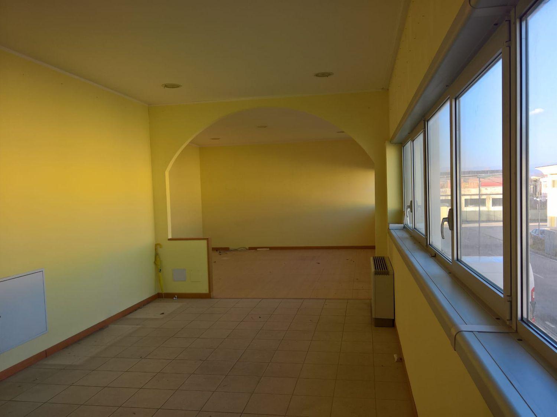 Ufficio / Studio in affitto a Capannori, 9999 locali, prezzo € 1.200 | CambioCasa.it