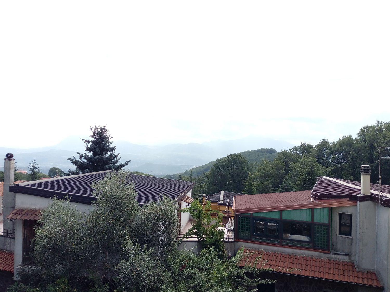 Villa a Schiera in vendita a Summonte, 6 locali, prezzo € 185.000 | Cambio Casa.it