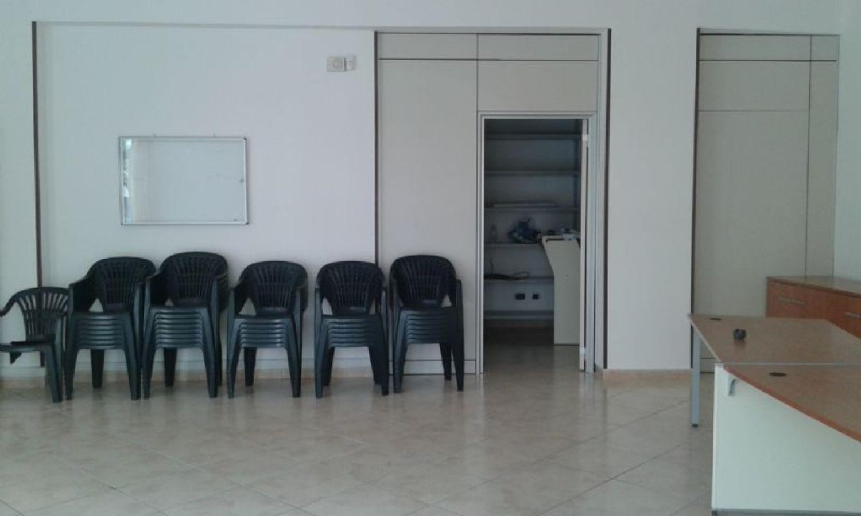 Immobile Commerciale in affitto a Cisterna di Latina, 9999 locali, prezzo € 700 | Cambio Casa.it