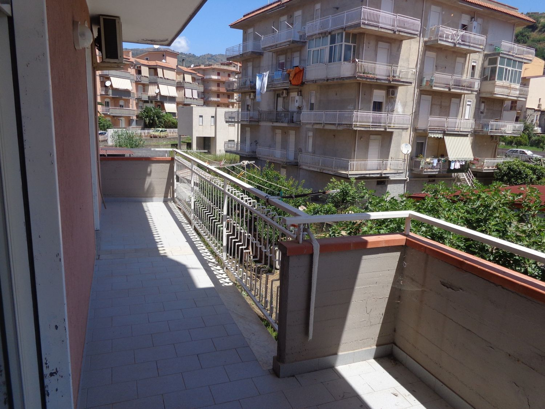 Appartamento in vendita a Gaggi, 4 locali, prezzo € 99.000 | Cambio Casa.it