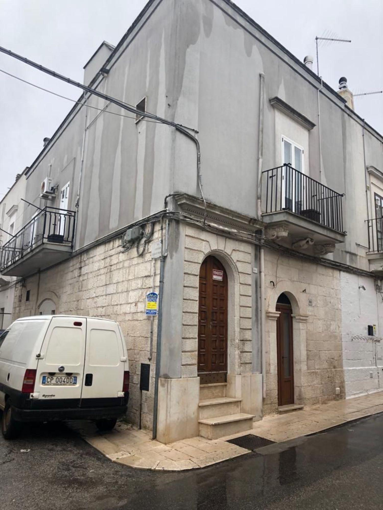 Appartamento in vendita a Ceglie Messapica, 3 locali, prezzo € 90.000 | CambioCasa.it