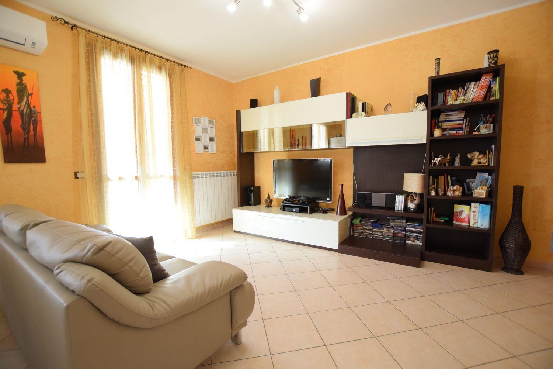 Appartamento in vendita a Usini, 3 locali, prezzo € 115.000 | Cambio Casa.it