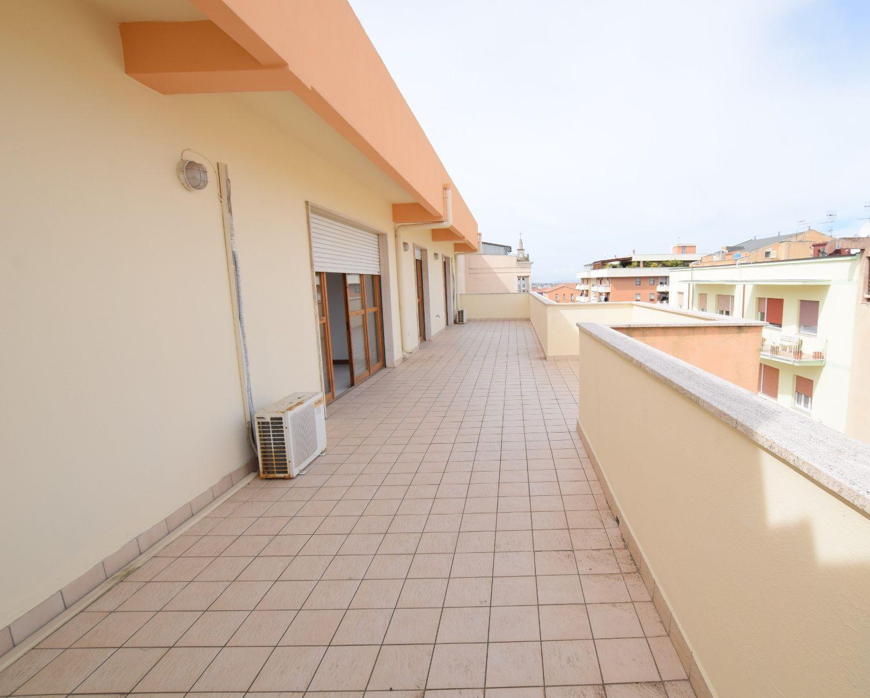 Attico / Mansarda in vendita a Sassari, 4 locali, prezzo € 265.000 | Cambio Casa.it