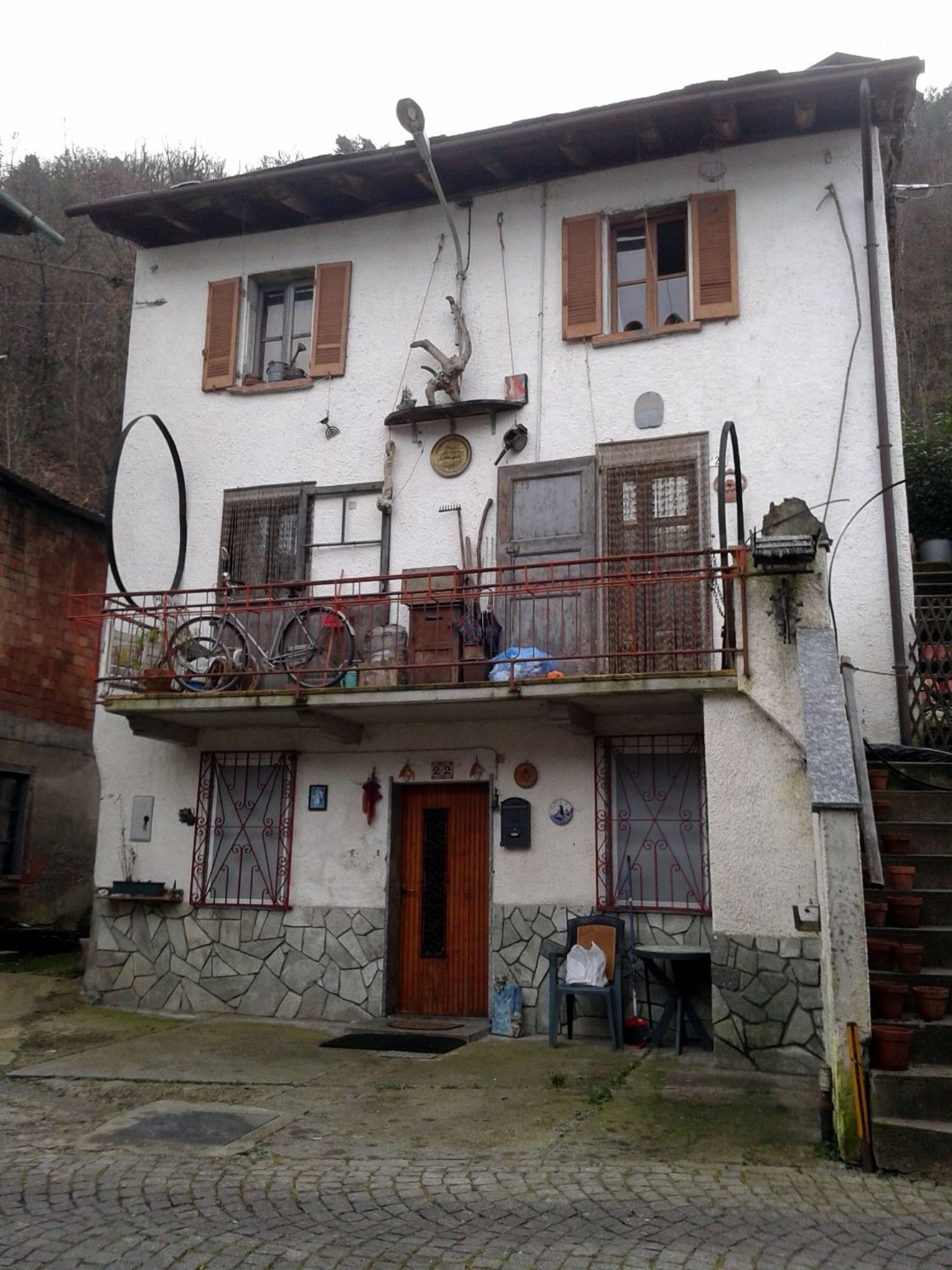 Appartamento in vendita a Ponte in Valtellina, 3 locali, prezzo € 39.000   CambioCasa.it