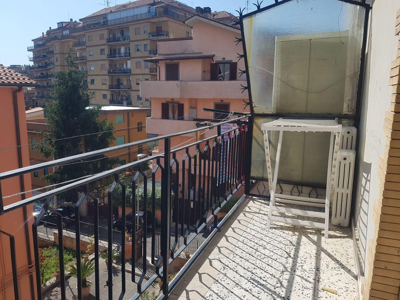 Appartamento in vendita a Marino, 3 locali, prezzo € 139.000 | CambioCasa.it