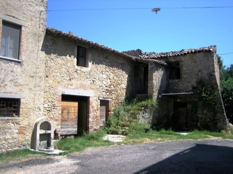Soluzione Indipendente in vendita a Todi, 5 locali, prezzo € 28.000 | Cambio Casa.it