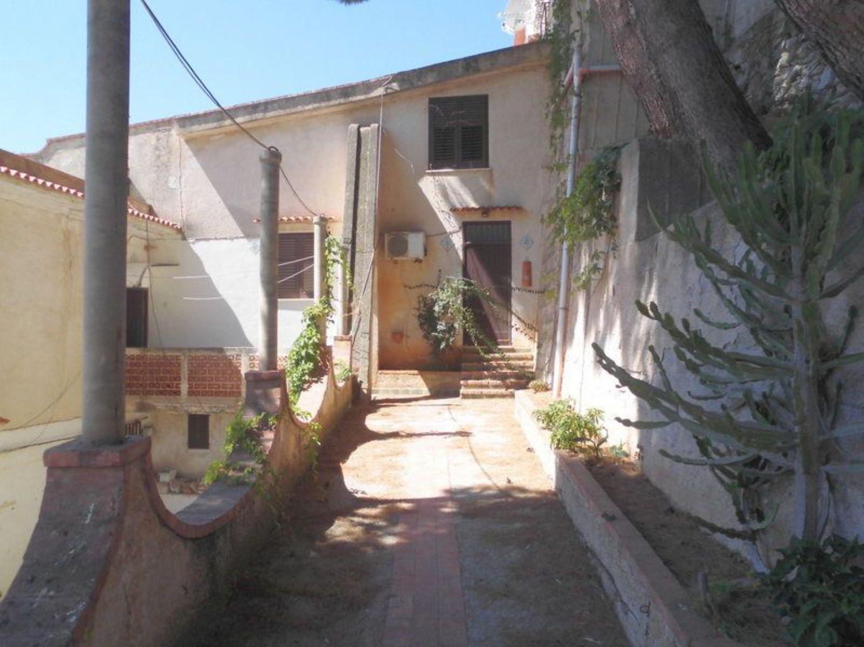 Appartamento in affitto a Monreale, 4 locali, prezzo € 450 | CambioCasa.it