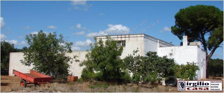Appartamento in vendita a Ceglie Messapica, 6 locali, prezzo € 390.000 | CambioCasa.it