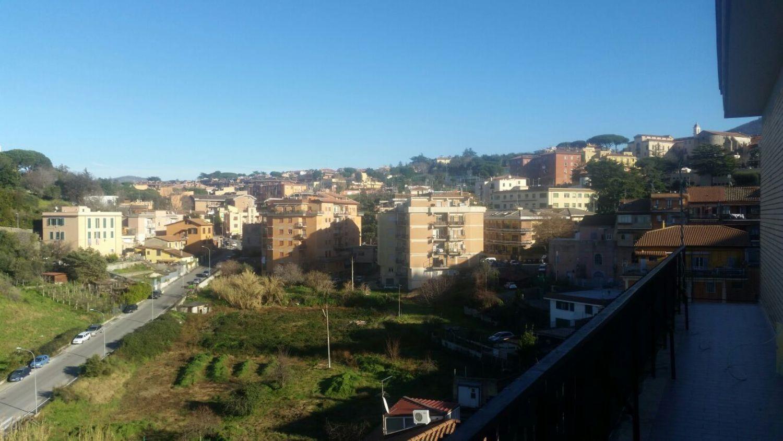 Appartamento in affitto a Marino, 3 locali, prezzo € 600   CambioCasa.it
