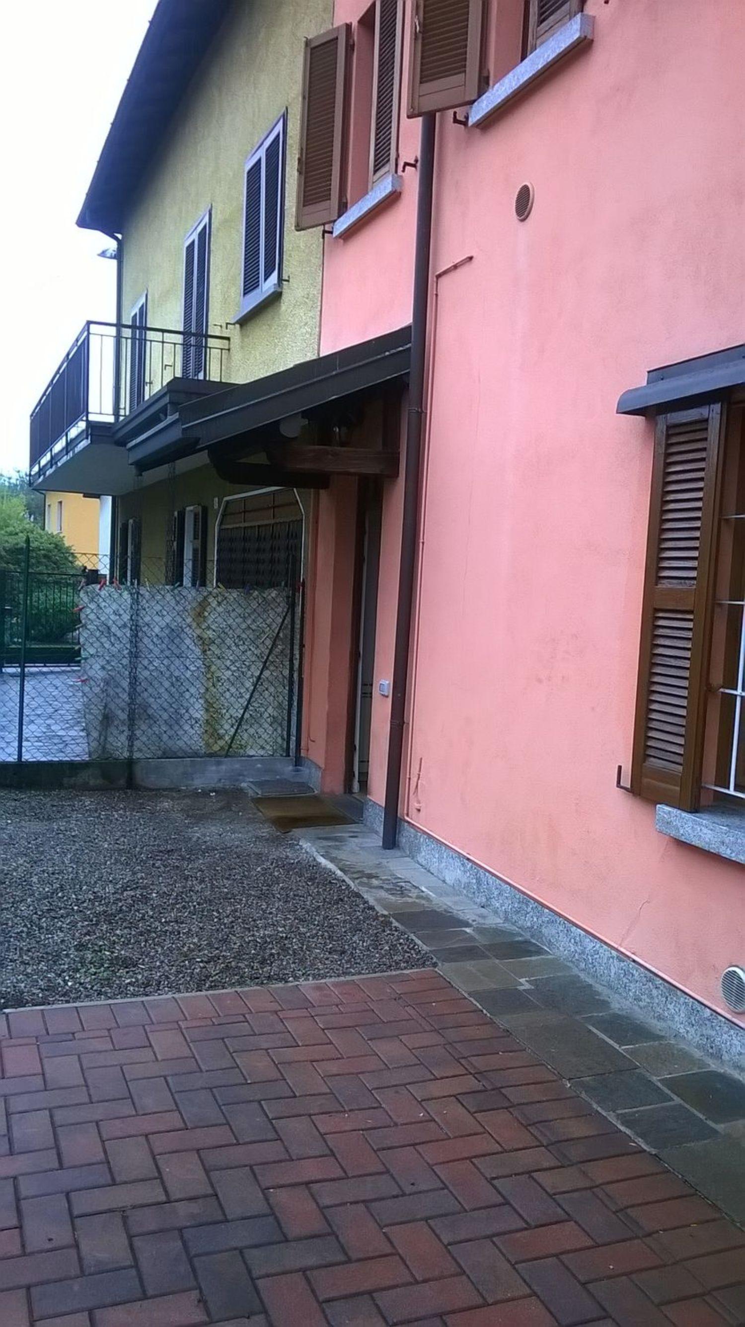 Appartamento in affitto a Besozzo, 3 locali, prezzo € 590 | Cambio Casa.it