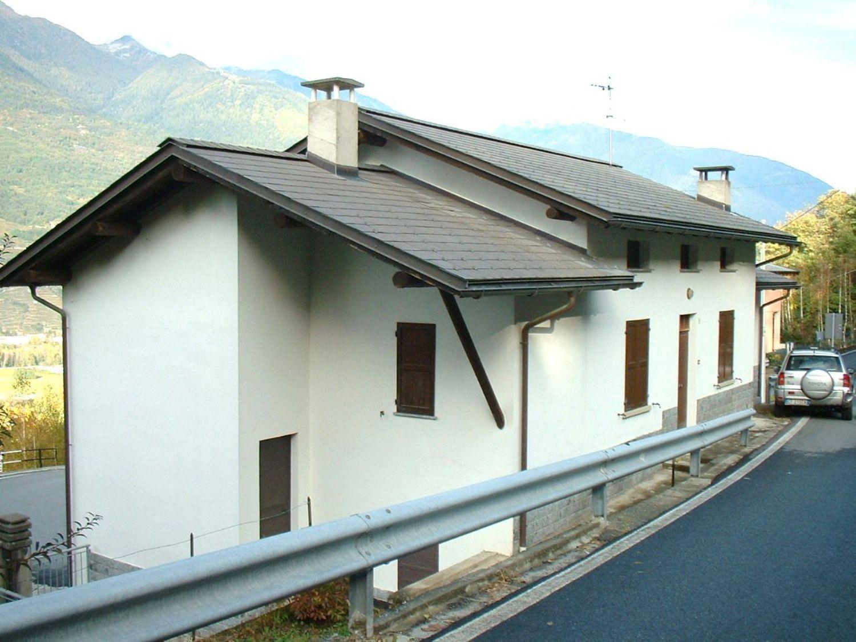 Soluzione Indipendente in vendita a Faedo Valtellino, 10 locali, prezzo € 125.000 | Cambio Casa.it