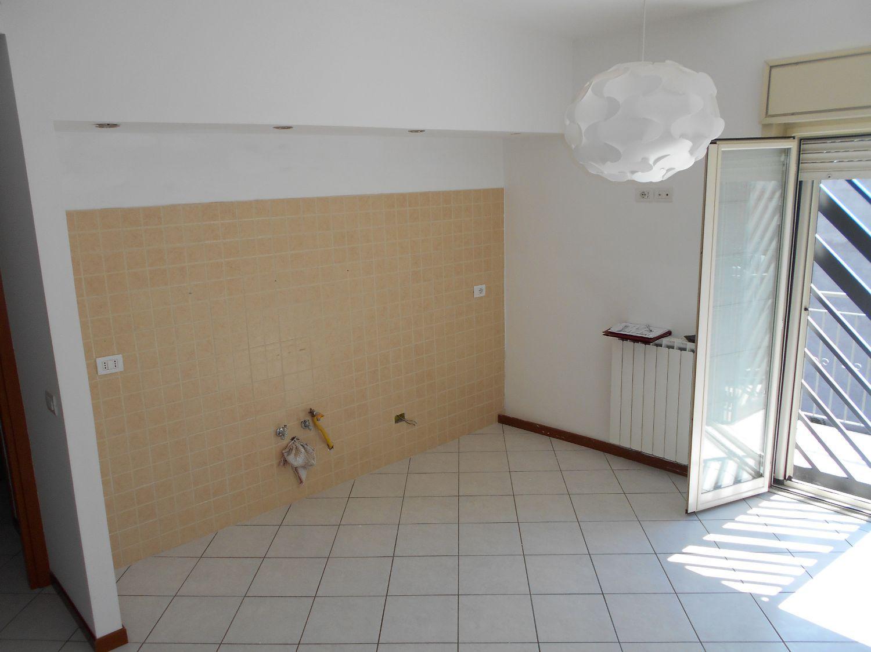 Appartamento in affitto a Camporotondo Etneo, 3 locali, prezzo € 435 | Cambio Casa.it