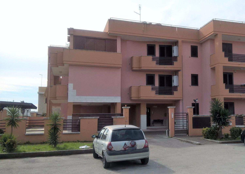 Appartamento in vendita a Pulsano, 4 locali, prezzo € 99.000 | CambioCasa.it