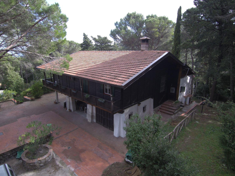 Soluzione Indipendente in vendita a Monreale, 6 locali, prezzo € 250.000   CambioCasa.it
