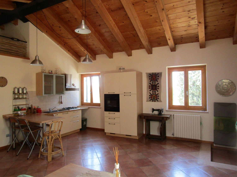 Appartamento in vendita a Sant'Ambrogio di Valpolicella, 2 locali, prezzo € 129.000 | Cambio Casa.it