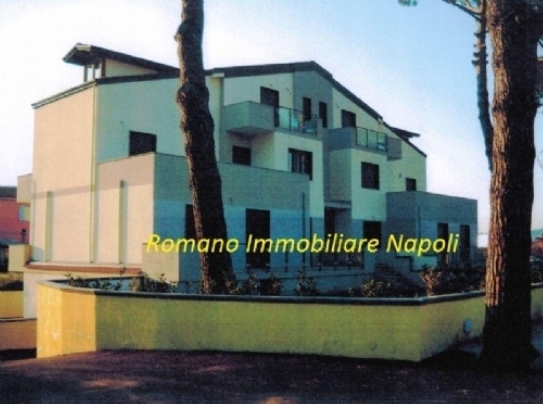 Appartamento in vendita a Quarto, 4 locali, prezzo € 310.000 | CambioCasa.it