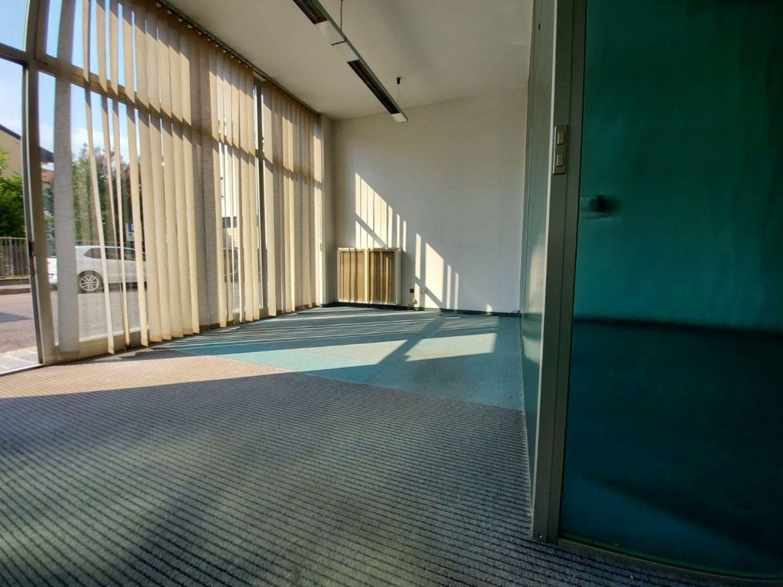 Ufficio / Studio in affitto a Cabiate, 9999 locali, prezzo € 700 | PortaleAgenzieImmobiliari.it