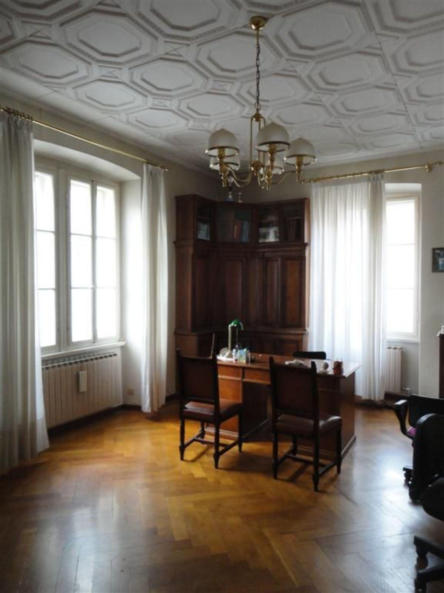 Soluzione Indipendente in vendita a Trieste, 10 locali, prezzo € 535.000   Cambio Casa.it