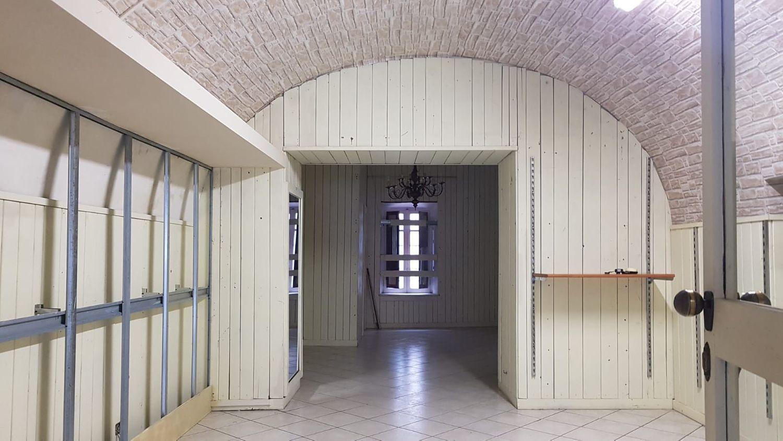 Immobile Commerciale in affitto a Marino, 9999 locali, prezzo € 600 | CambioCasa.it