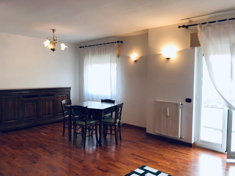 Appartamento in vendita a Albano Laziale, 2 locali, prezzo € 132.000 | CambioCasa.it