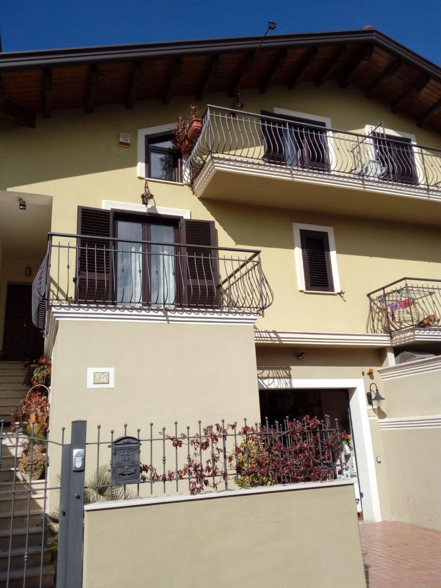 Villa a Schiera in Vendita a Cesinali