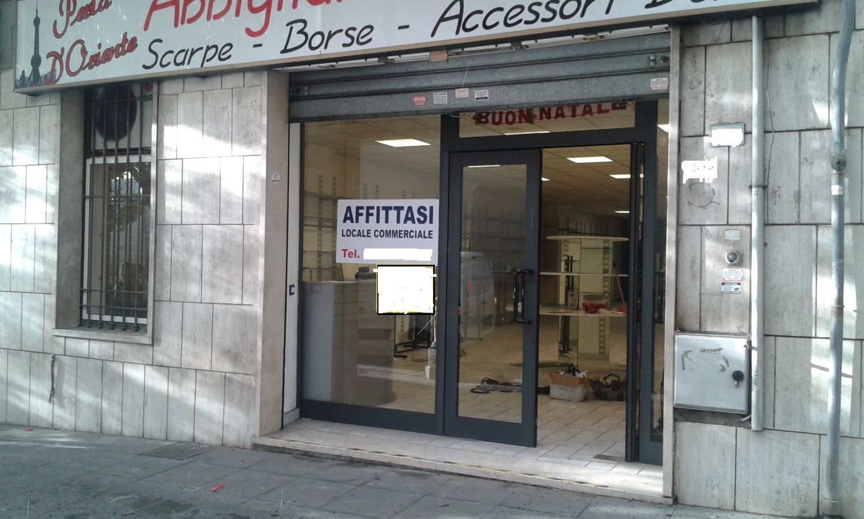 Immobile Commerciale in affitto a Velletri, 9999 locali, prezzo € 2.200   Cambio Casa.it