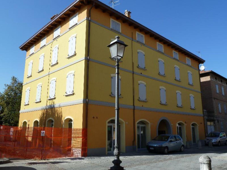 Immobile Commerciale in vendita a Sant'Agata Bolognese, 9999 locali, prezzo € 210.000 | Cambio Casa.it