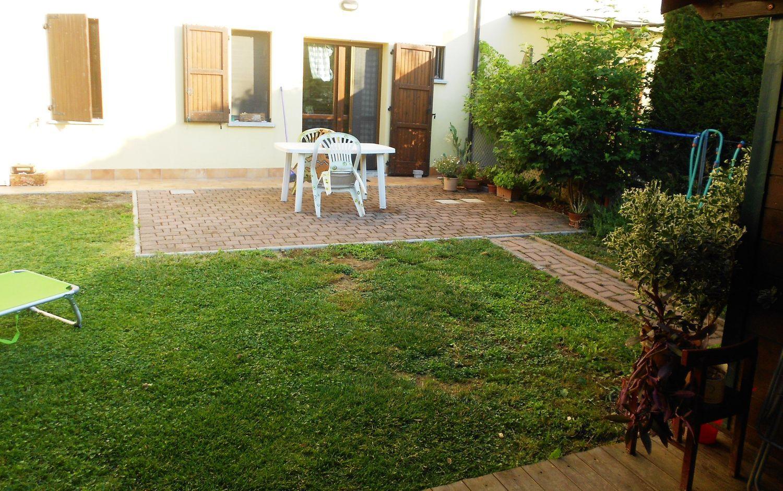 Appartamento in vendita a San Giovanni in Persiceto, 5 locali, prezzo € 220.000   Cambio Casa.it