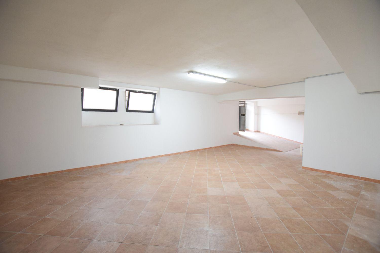 Immobile Commerciale in vendita a Sassari, 9999 locali, prezzo € 40.000 | Cambio Casa.it