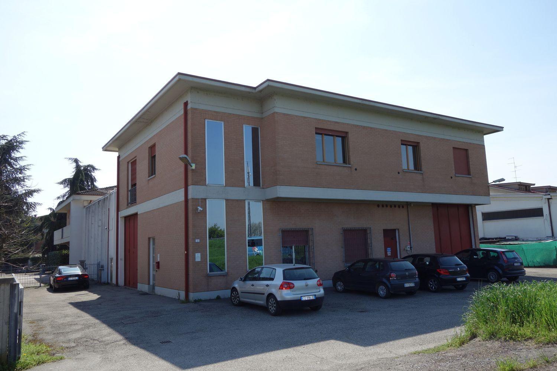 Capannone in affitto a Reggio Emilia, 9999 locali, prezzo € 2.500 | Cambio Casa.it