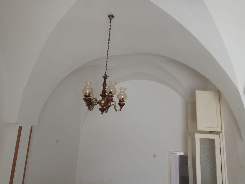 Appartamento in vendita a Ceglie Messapica, 3 locali, prezzo € 50.000 | CambioCasa.it