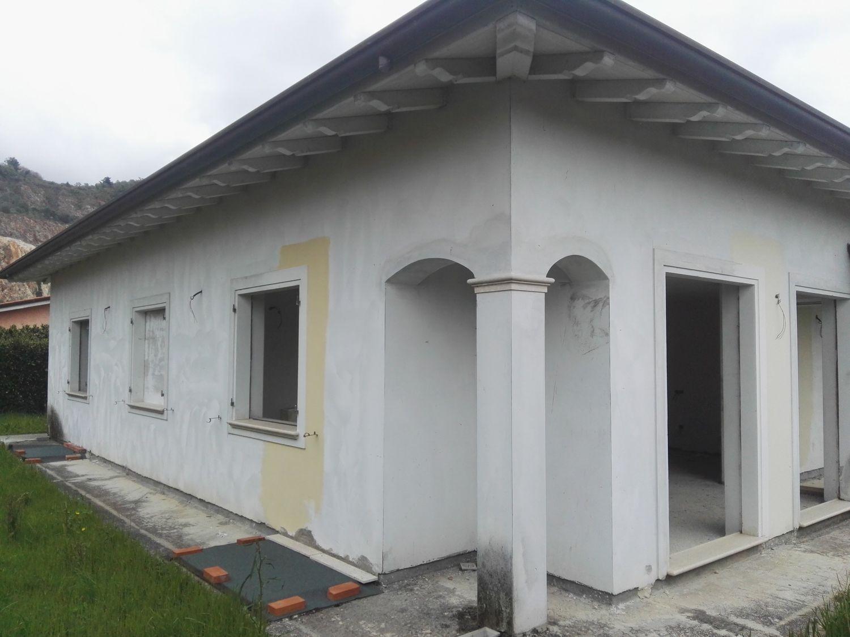 Soluzione Indipendente in vendita a Pietrasanta, 5 locali, prezzo € 450.000 | Cambio Casa.it