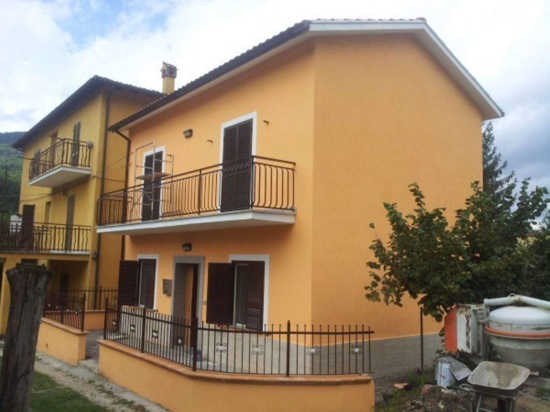 Soluzione Indipendente in vendita a Subiaco, 3 locali, prezzo € 125.000 | Cambio Casa.it