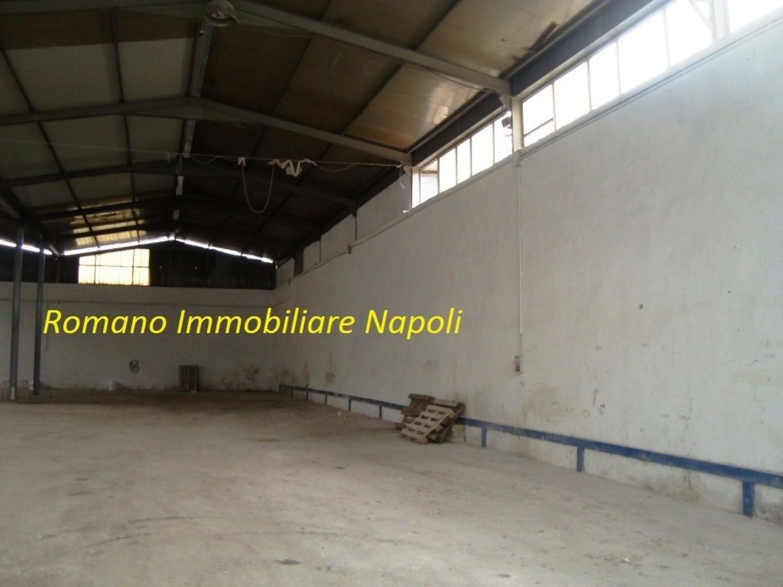 Capannone in affitto a Napoli, 9999 locali, prezzo € 4.000 | CambioCasa.it