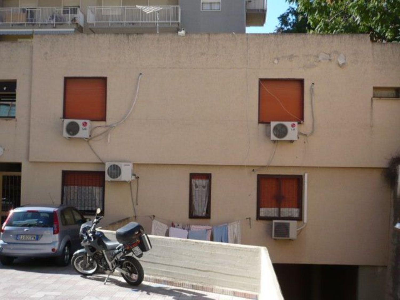 Ufficio / Studio in affitto a Palermo, 9999 locali, prezzo € 250 | CambioCasa.it