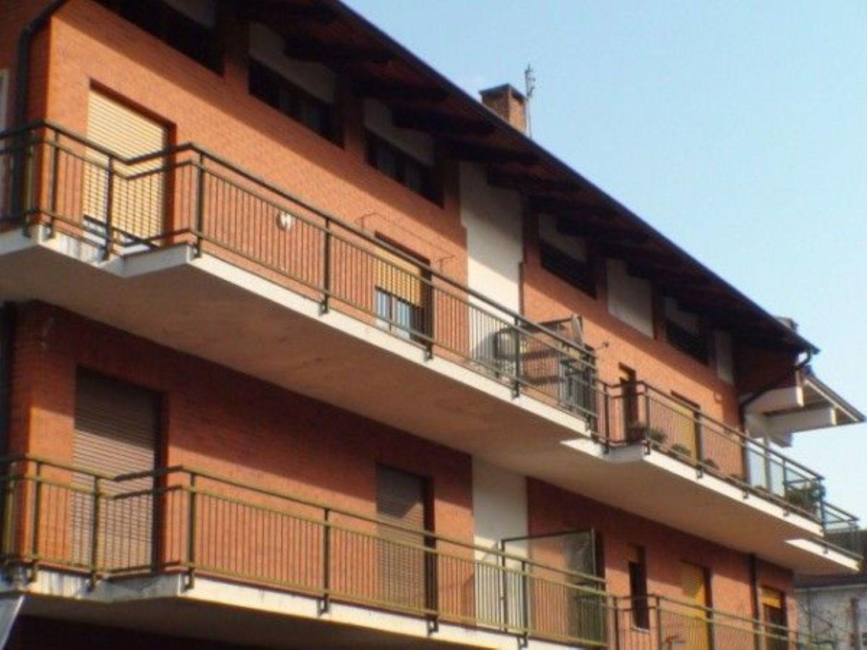 Appartamento in vendita a Cuorgnè, 4 locali, prezzo € 107.000 | Cambio Casa.it