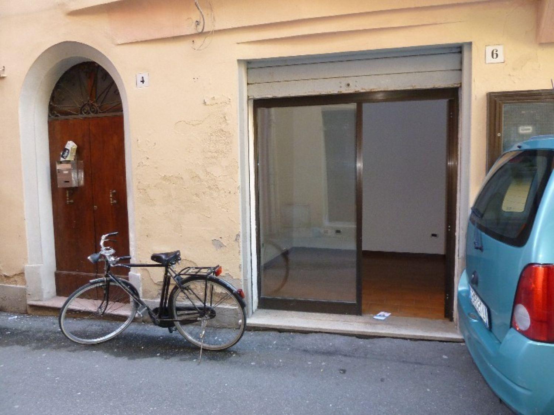 Immobile Commerciale in affitto a San Giovanni in Persiceto, 9999 locali, prezzo € 400 | Cambio Casa.it