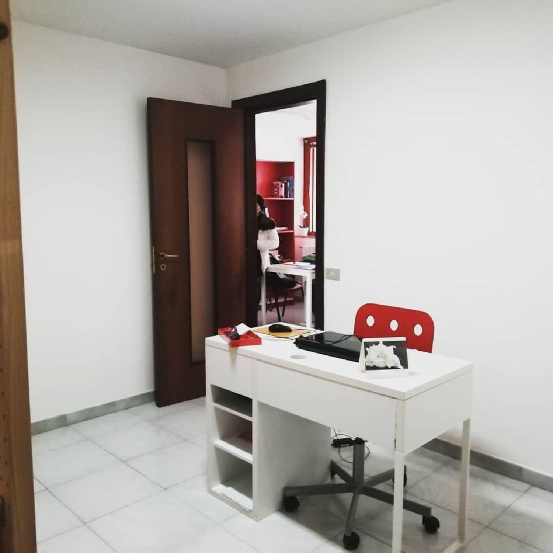 Ufficio / Studio in affitto a Cava de' Tirreni, 9999 locali, prezzo € 250   CambioCasa.it
