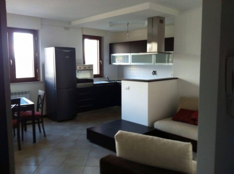 Appartamento in vendita a Velletri, 3 locali, prezzo € 198.000 | Cambio Casa.it