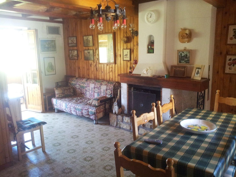 Duplex in vendita a Subiaco, 5 locali, prezzo € 115.000 | Cambio Casa.it