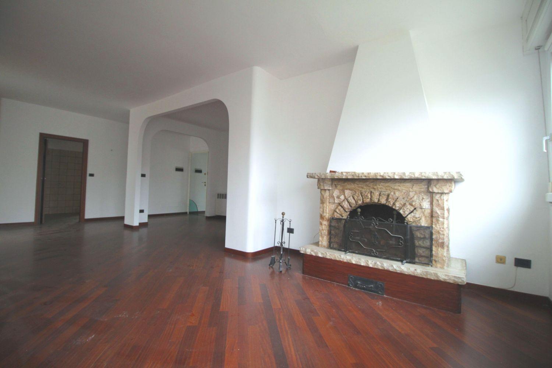 Attico / Mansarda in vendita a Granarolo dell'Emilia, 5 locali, prezzo € 250.000 | Cambio Casa.it