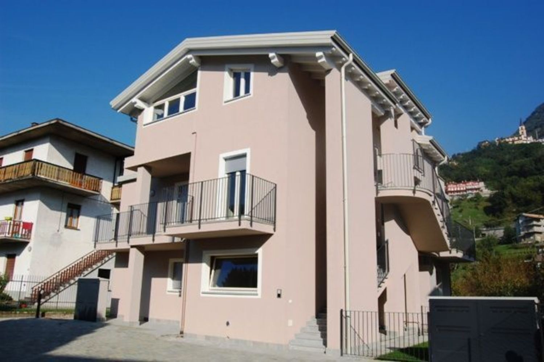 Appartamento in vendita a Domaso, 2 locali, prezzo € 149.000 | CambioCasa.it